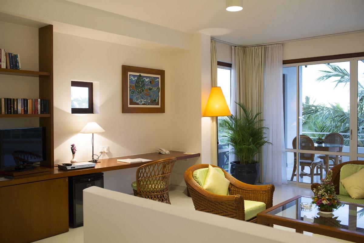 Wohnraum Superior Plus Suite Lanka Princess Hotel