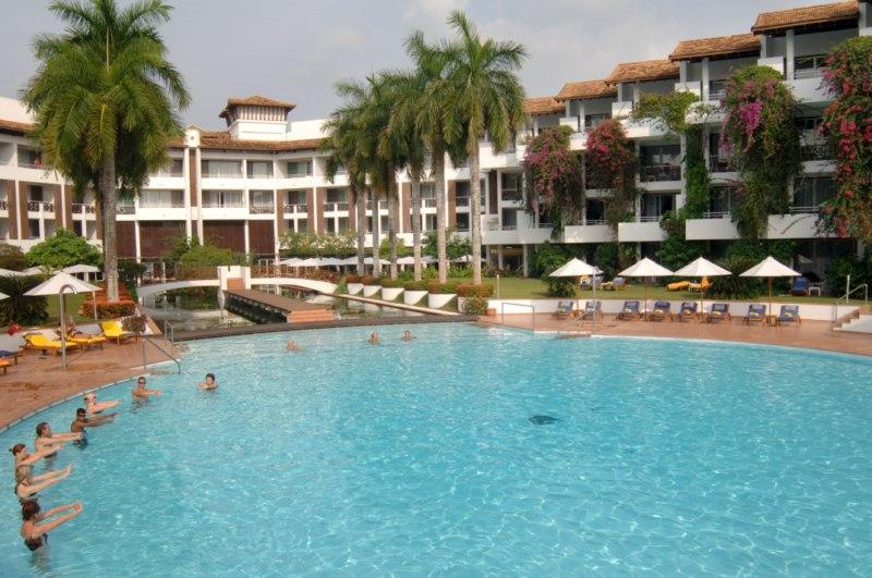 Pool Sport im Pool des Lanka Princess