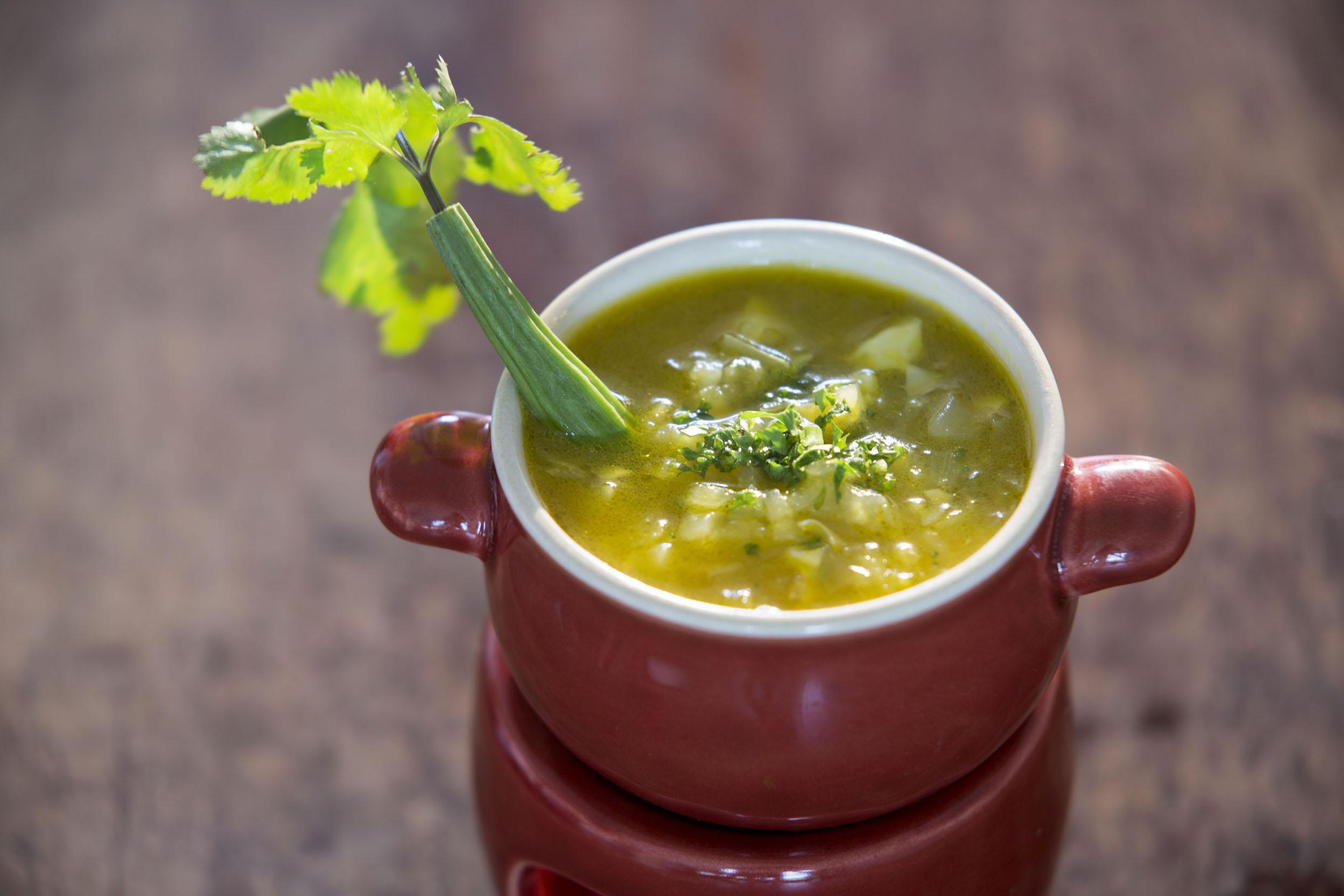 Indische Suppe im Ayurveda Batahira Restaurant Food bei Lanka Princess