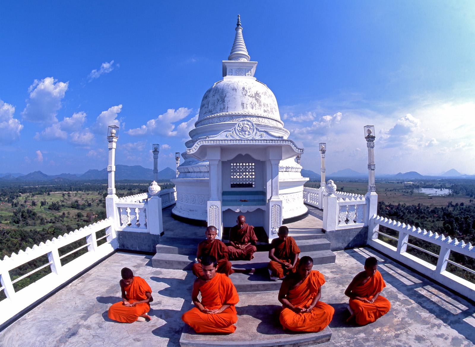 Ausflug zu einem Tempeldach in Sri Lanka mit Lanka Princess