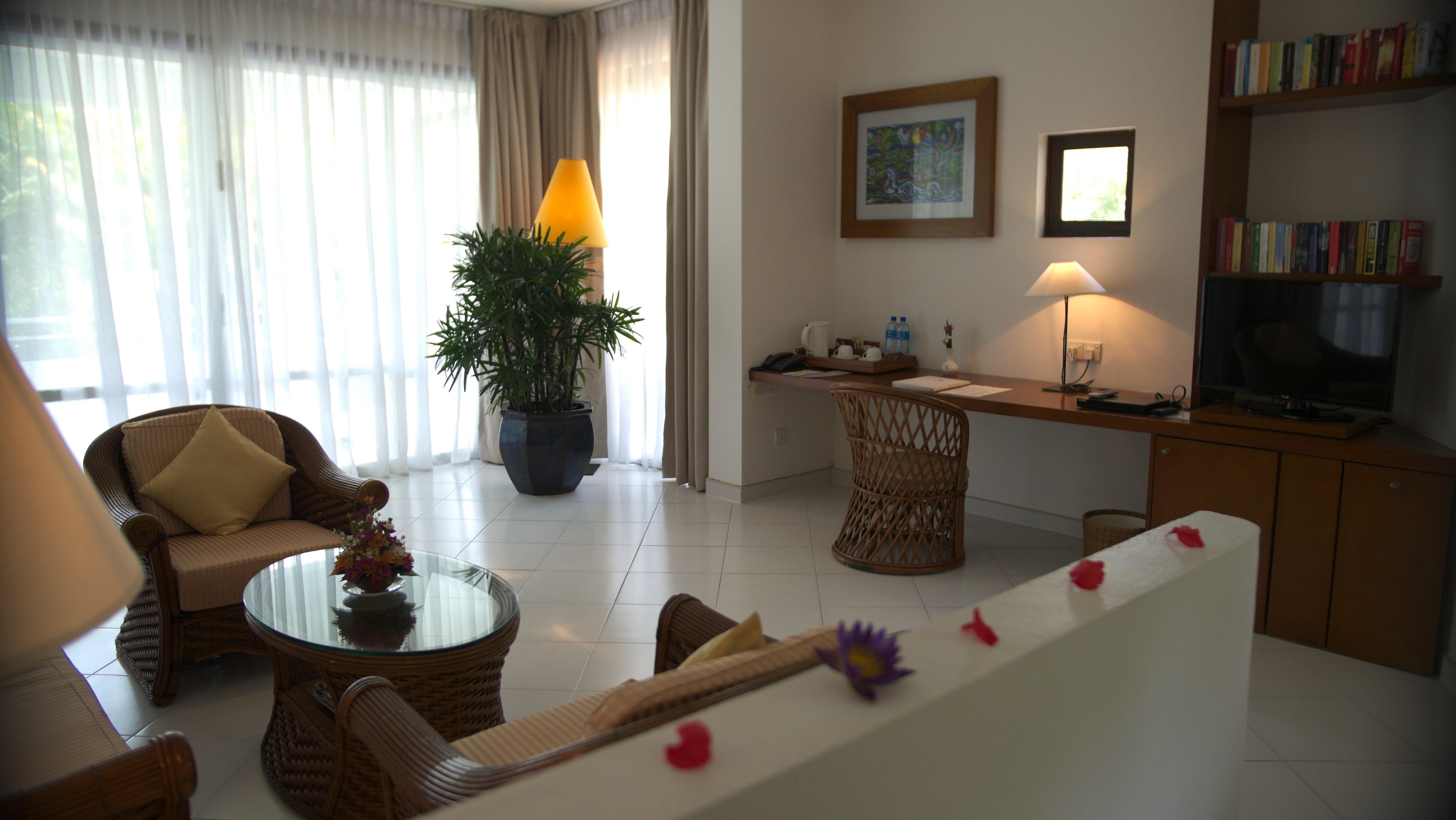 Superior Suite Wohnraum im Ayurveda Hotel unter deutscher Leitung in Sri Lanka, Lanka Princess