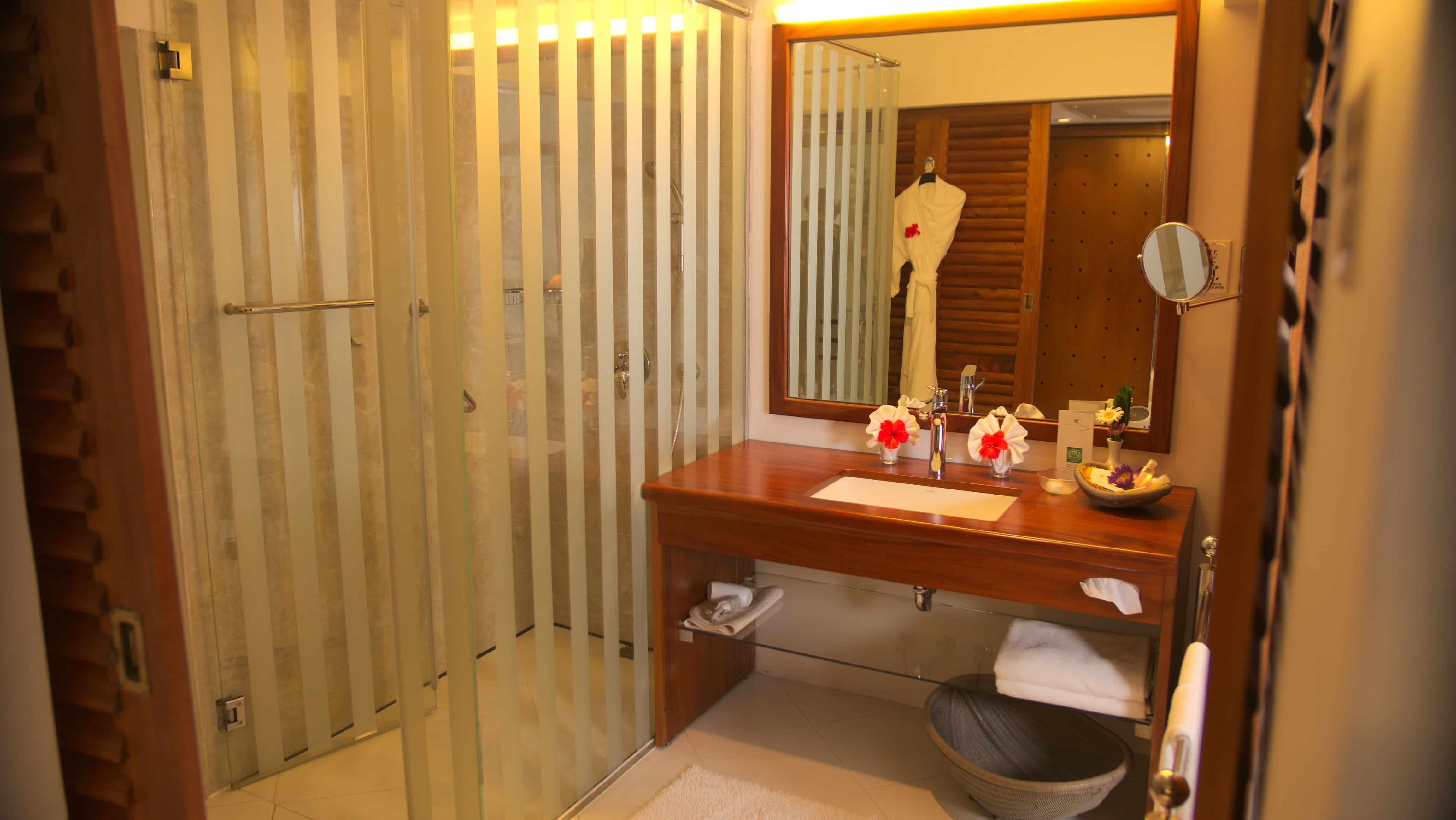 Superior Plus Badezimmer im Ayurveda Hotel Lanka Princess, unter deutscher Leitung in Sri Lanka