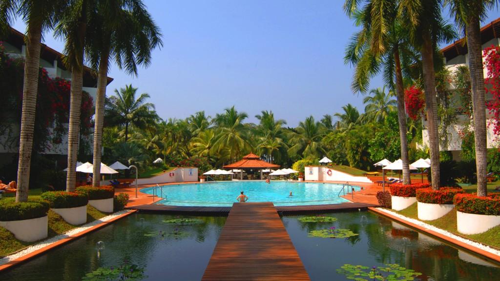 Die Pool-Landschaft von Lanka Princess