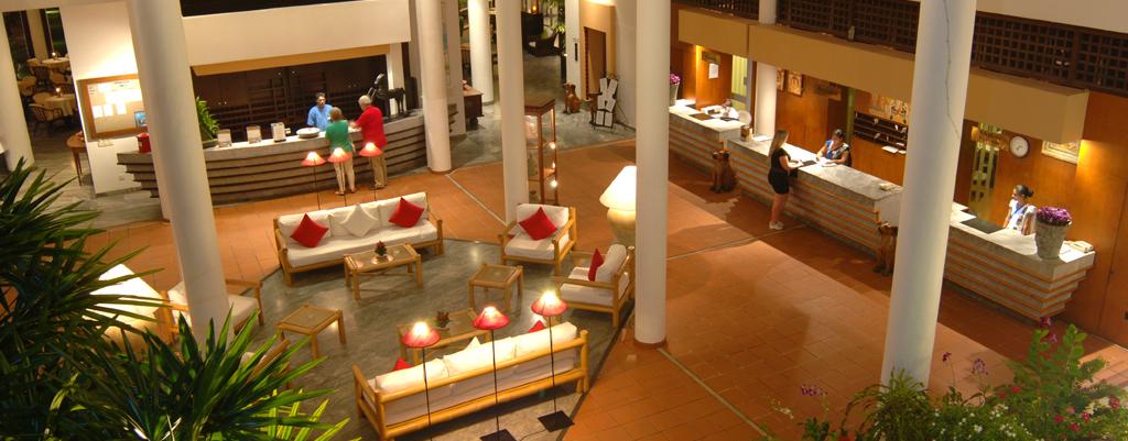 Hotel Lobby von oben