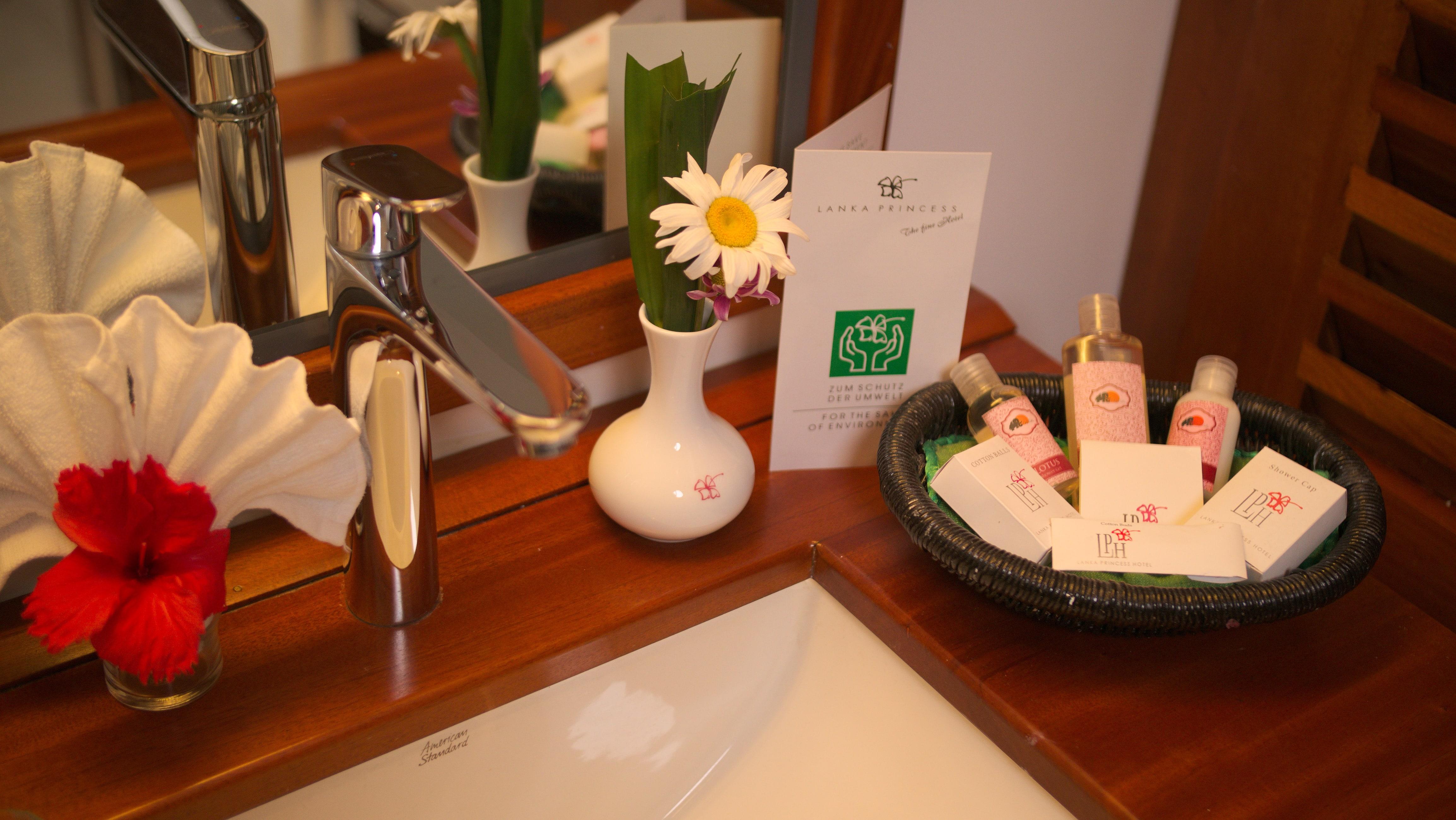 Suite Superior Plus im Ayurveda Hotel Lanka Princess, unter deutscher Leitung, Sri Lanka