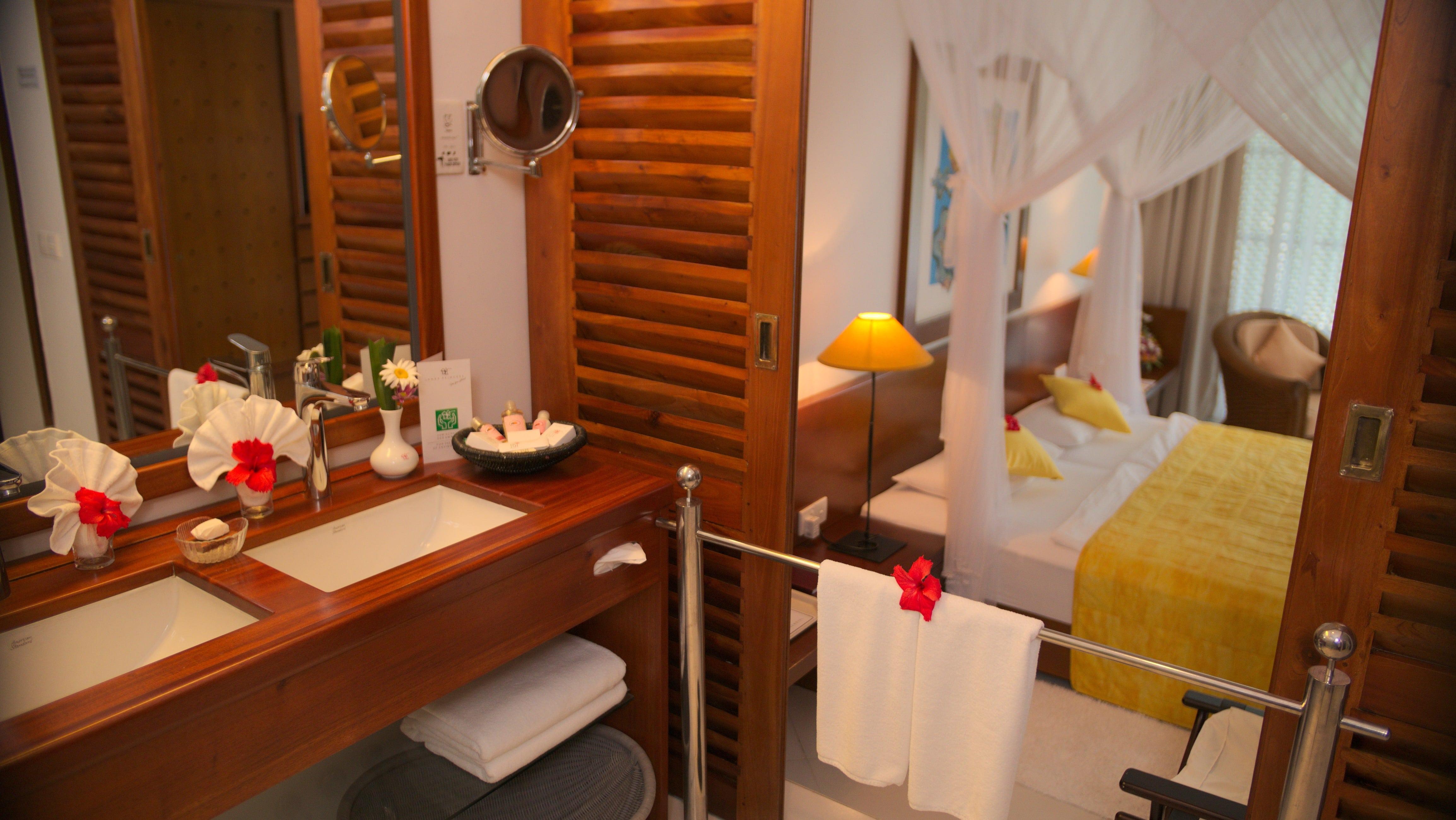 Suite Superior plus Badezimmer im Ayurveda Hotel Lanka Princess, unter deutscher Leitung, Sri Lanka