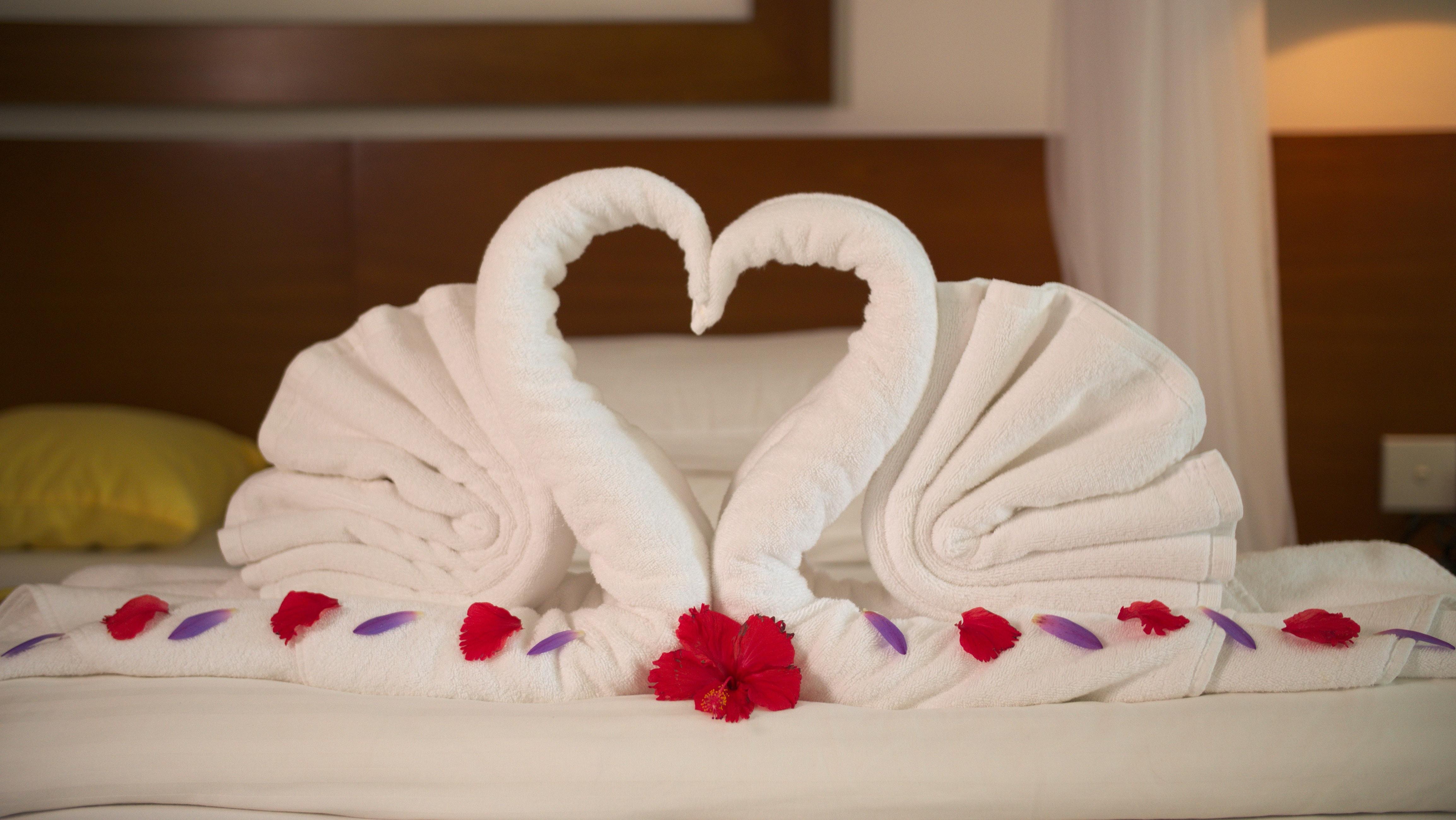 Superior Suite Bett im Ayurveda Hotel Lanka Princess, unter deutscher Leitung, Sri Lanka