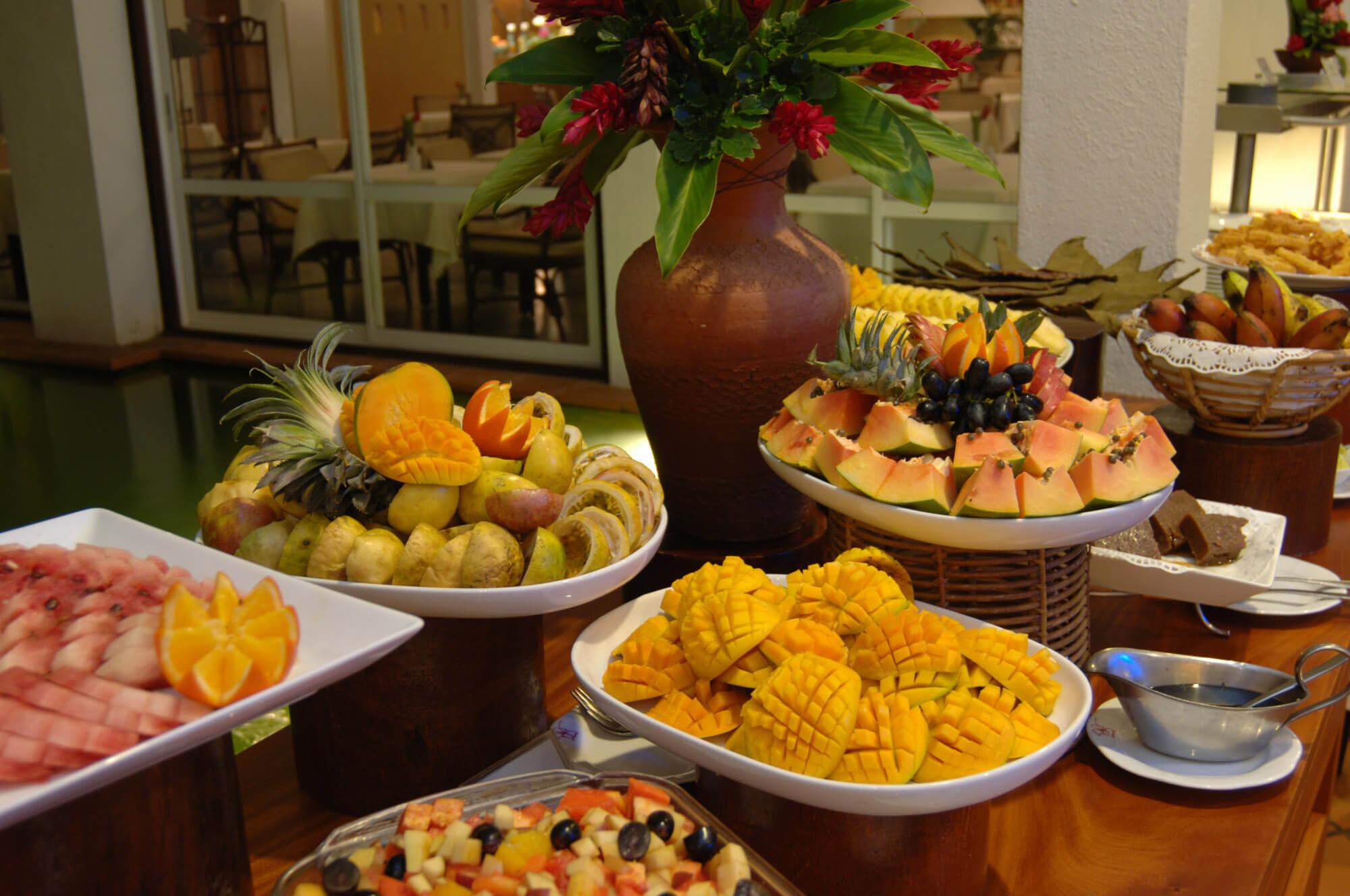 Buffet im Ayurveda Batahira Restaurant Lanka Princess